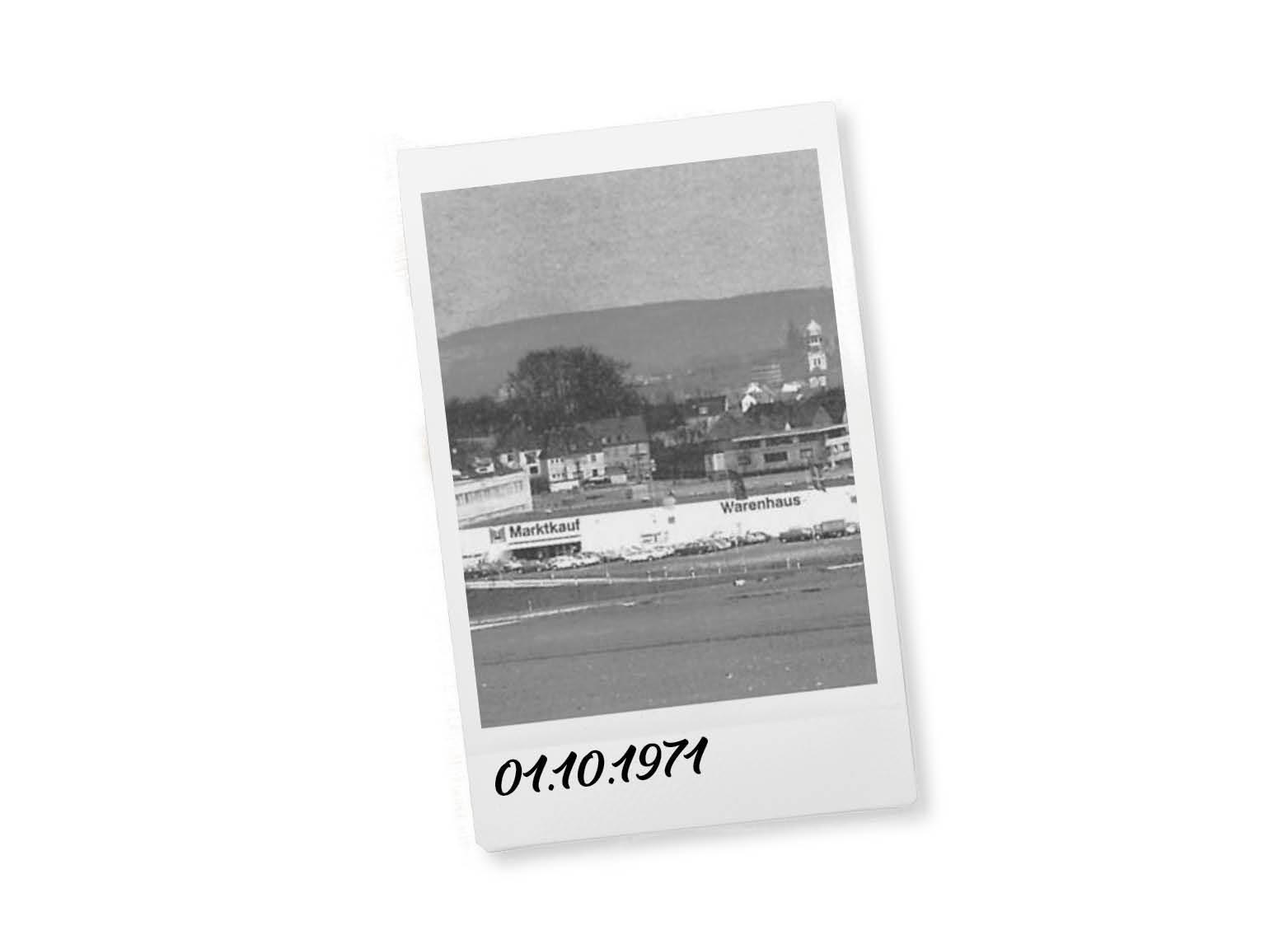 Eröffnung der ersten beiden Häuser in Osnabrück-Nahne am 12.10.1971 und in Bielefeld in der Friedrich-List-Straße am 20.10.1971.